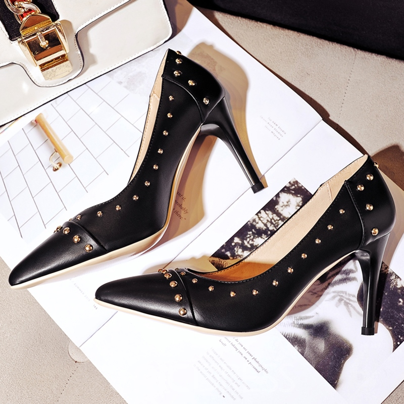 Ericdress Graceful Rivets Decorated Point Toe Pumps