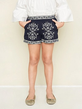 Ericdress Embroidery Pocket Flat Vintage Girls Shorts