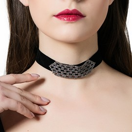 Ericdress Simple Black Velvet Diamante Choker Necklace