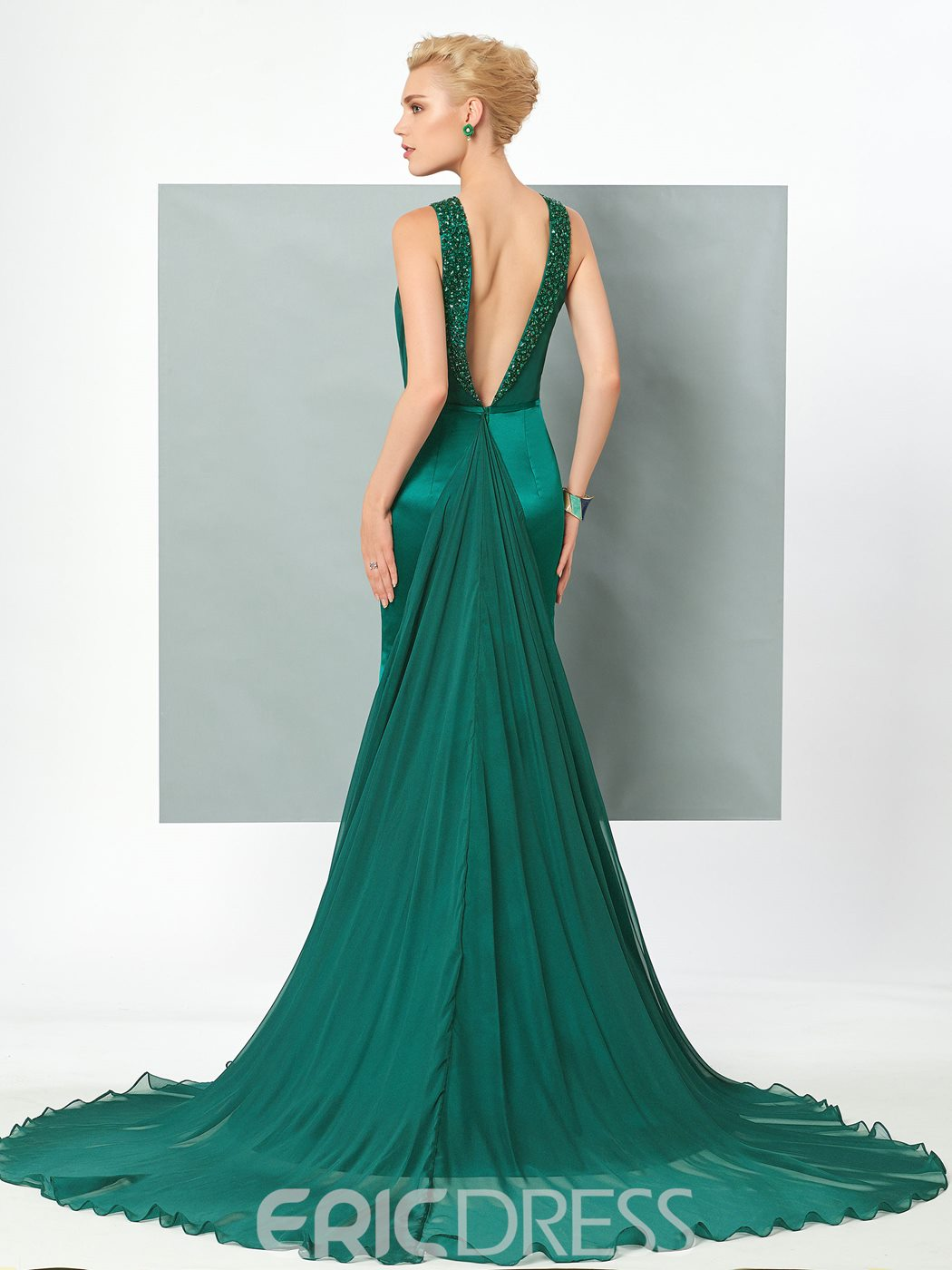 Ericdress Sexy Backless Halter Beaded Mermaid Evening Dress With Court Train