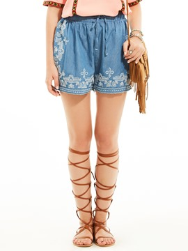 Loose Flower Embroidery Lace-Up Shorts