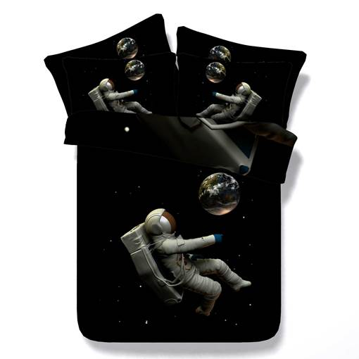 Astronaut and the Earth Printed Cotton 4-Piece Black 3D Bedding Sets/Duvet Covers