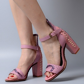Ericdress Noble Rivets Decorated Chunky Sandals