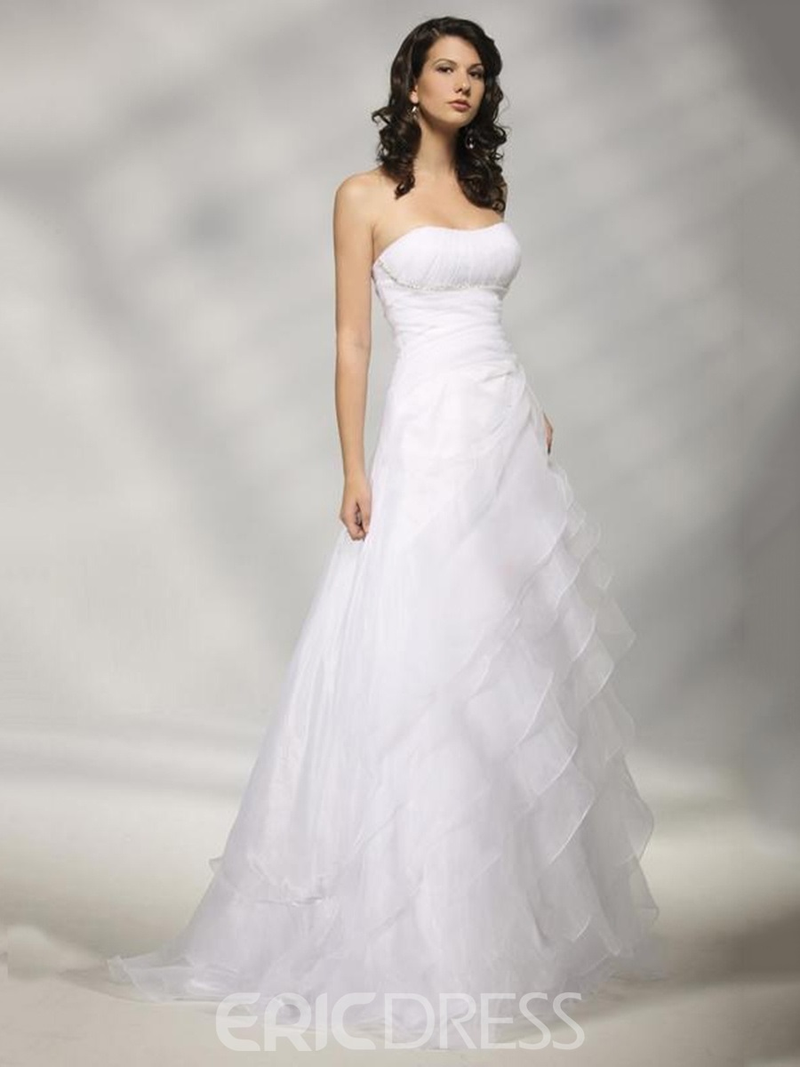 Sumptuous A-line Strapless Sweeping Tiered Wedding Dress