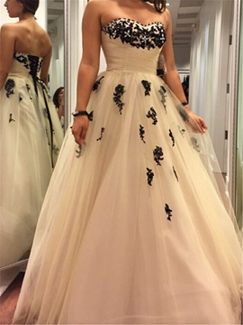 Ericdress Tulle Strapless A-Line Lace-Up Wedding Dress