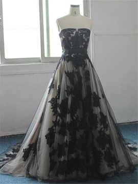 Ericdress Strapless Appliques Black Wedding Dress