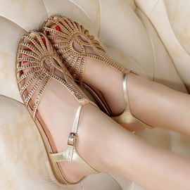 Ericdress Glittering Rhinestone T Strap Closed Toe Flat Sandals