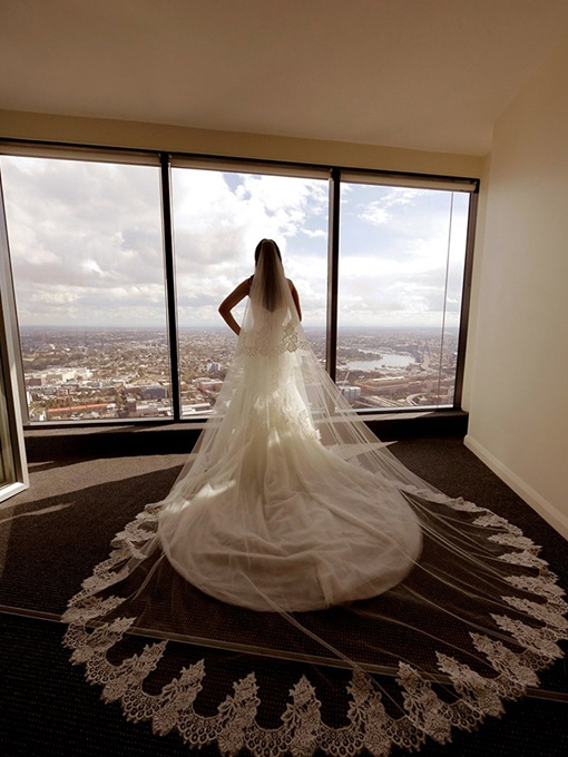 Ericdress Elegant 1T Lace Edge Wedding Cathedral Veil