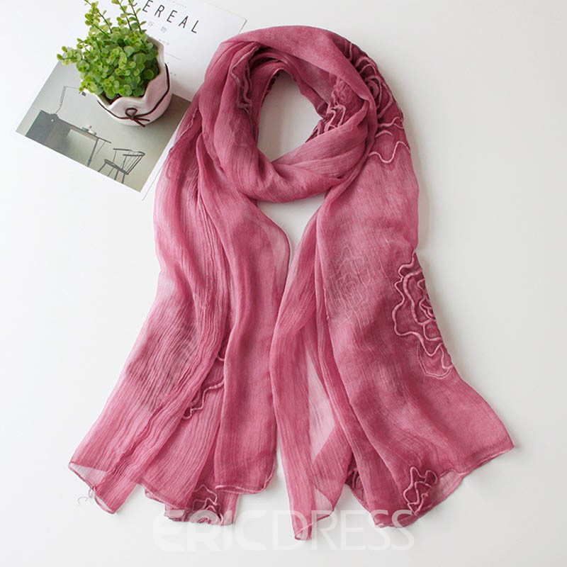 Ericdress Graceful Embroidered Roses Cozy Scarf