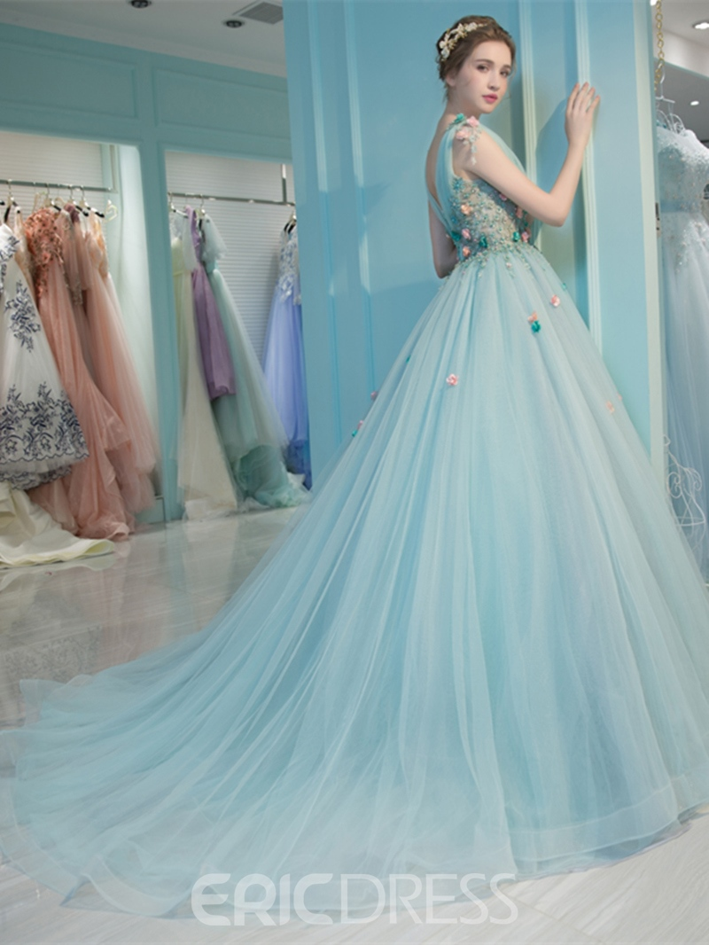Ericdress V-Neck Pleats Beaded Quinceanera Ball Gown With Court Train