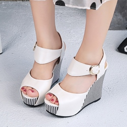 Ericdress Popular Contrast Color Peep Toe Wedge Sandals thumbnail