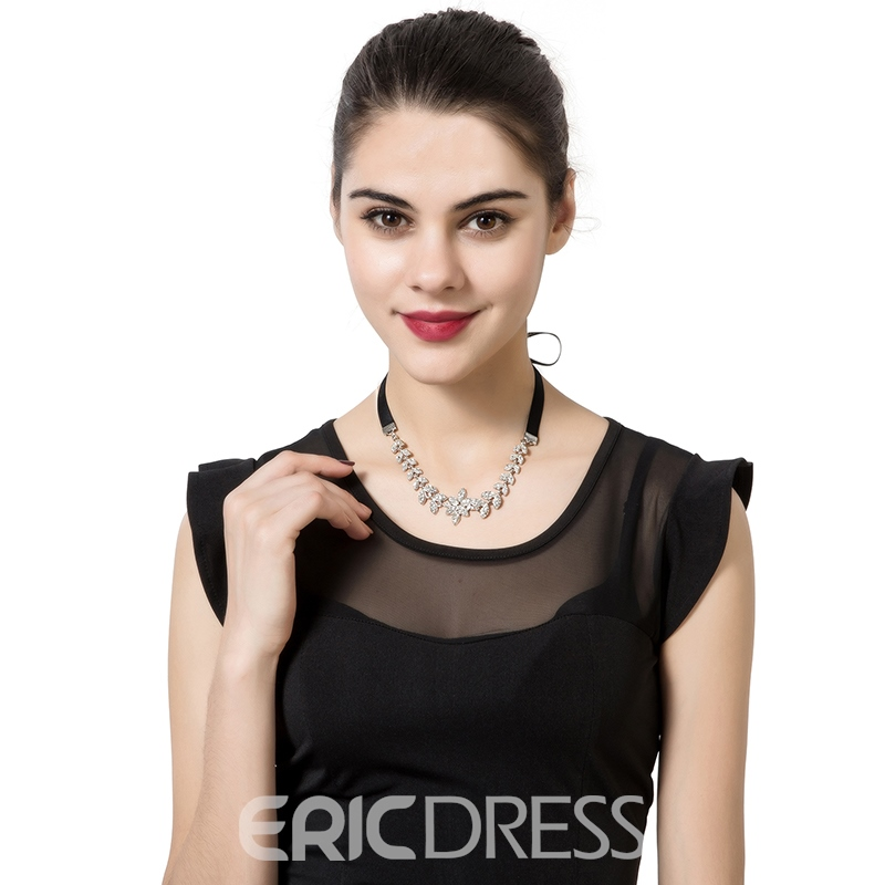 Ericdress Back Bowtie Leaf-Shaped Diamante Choker