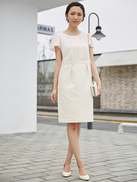Round Neck Pleated Party Dress