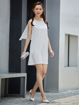 Round Neck Beading Decorative Party Dress