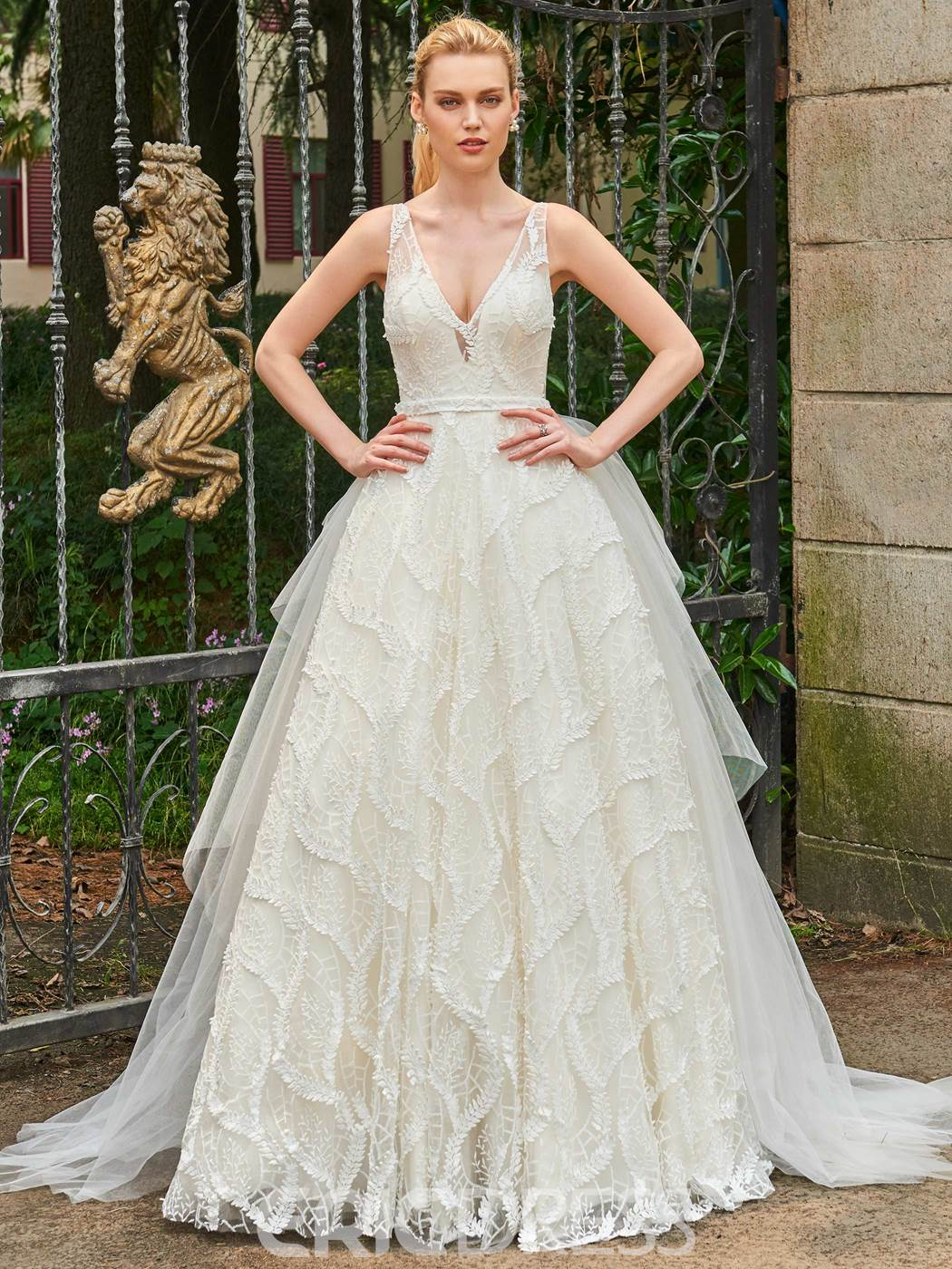 Ericdress V Neck Lace Ball Gown Backless Wedding Dress