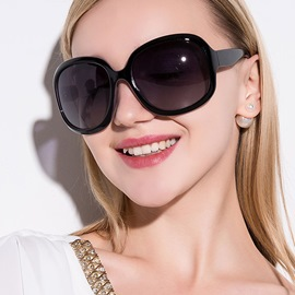 Ericdress Classic Full Frame Polarized Sunglasses for Women