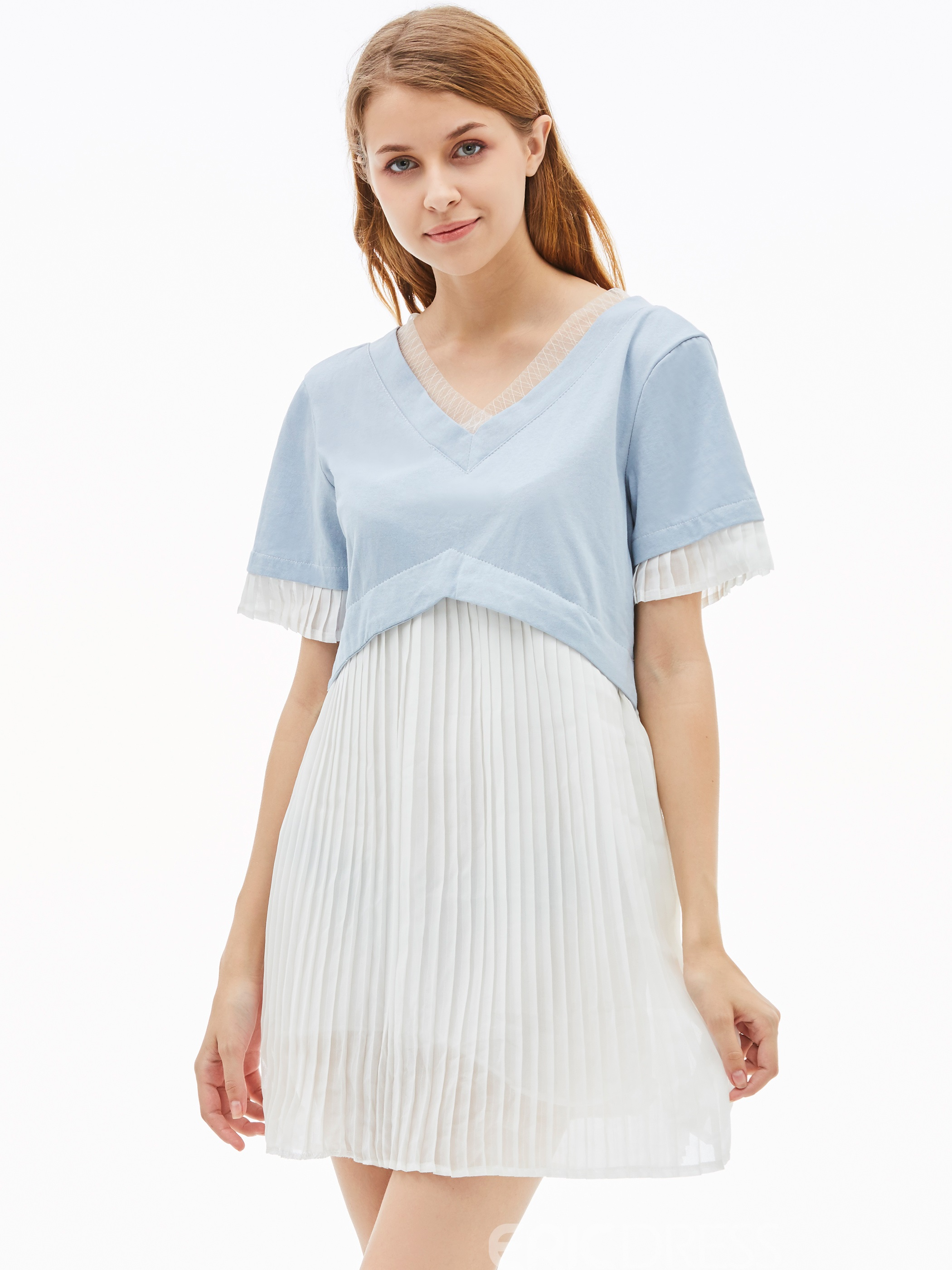 V-Neck Color Block Pleated Women's Day Dress