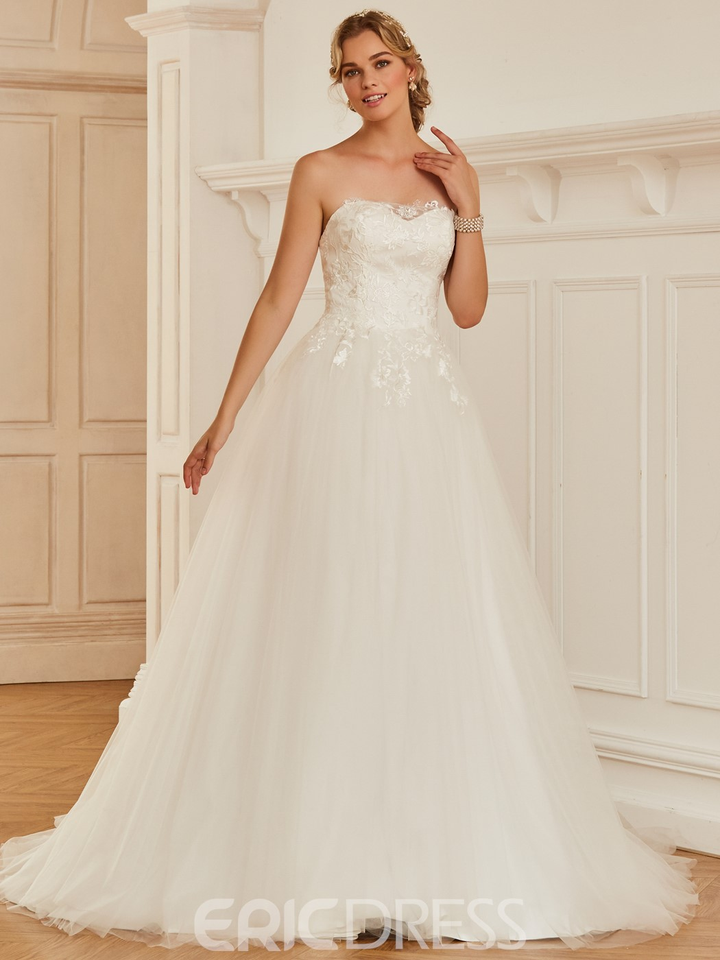 Ericdress Strapless Appliques Ball Gown Tulle Wedding Dress