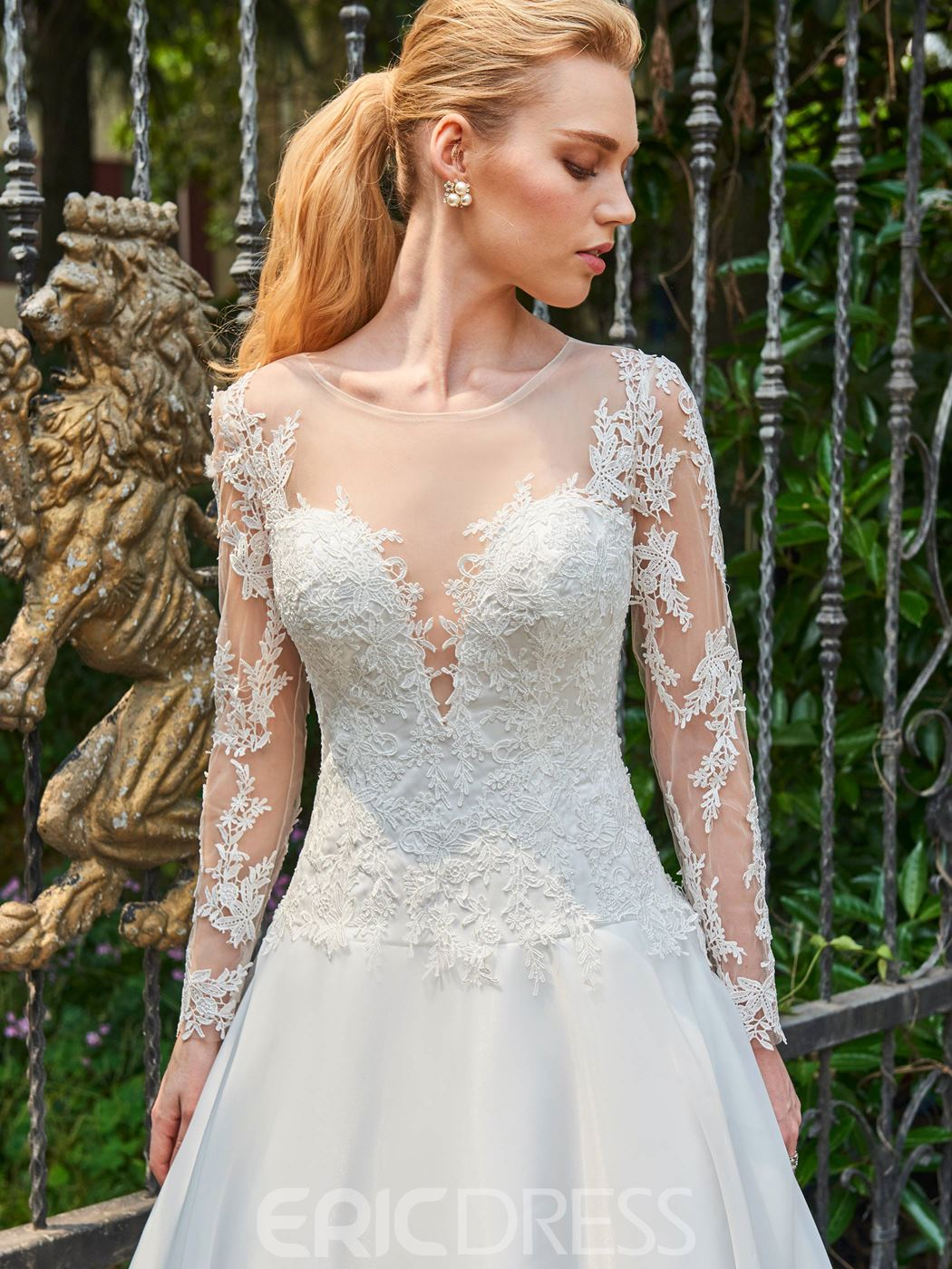 Ericdress Scoop Ball Gown Long Sleeves Appliques Backless Wedding Dress