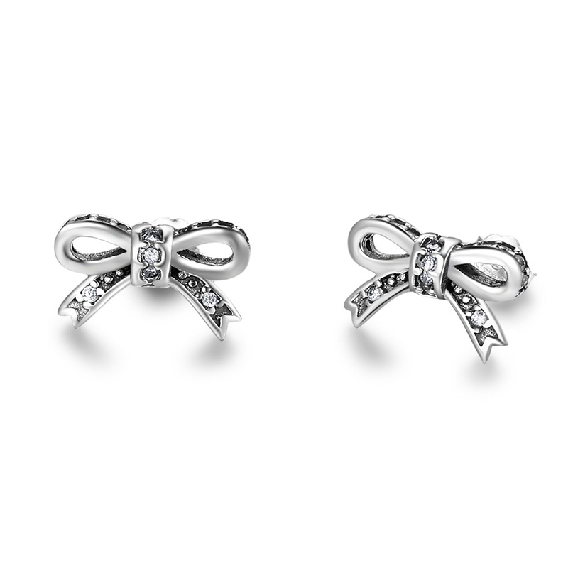 MarkChic All Match Vintage Diamante Women's Stud Earring