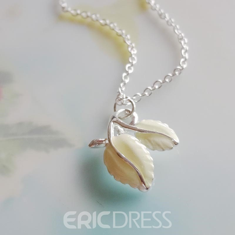 Ericdress Hot Noctilucence Leaf Pendant Halloween Necklace