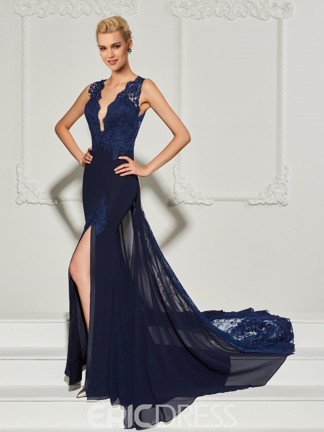 Ericdress Mermaid V Neck Applique Backless Evening Dress With Court Train