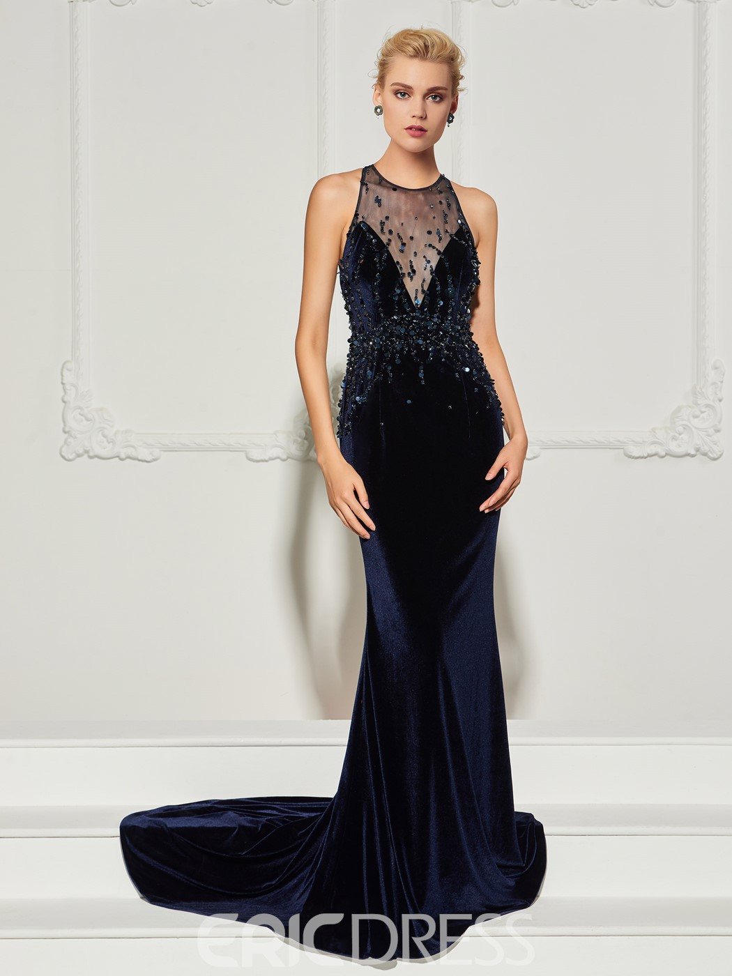 Ericdress Jewel Neck Halter Beaded Velvet Mermaid Evening Dress With Court Train