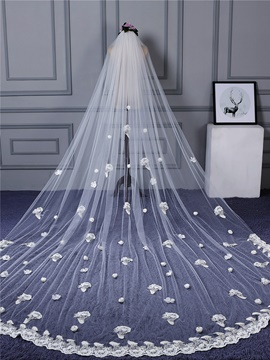 Ericdress Exquisite Applique Edge Tulle Wedding Dress