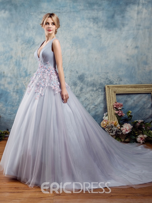 Ericdress V-Neck Flowers Lace Pearls Ball Quinceanera Dress