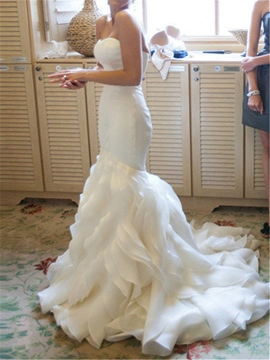Ericdress Tiered Ruffles Mermaid Strapless Wedding Dress