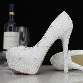 Cute Closed Toe Handwork Pearl Stiletto Heel Wedding Shoes