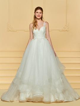 Ericdress Scoop Neck Button Appliques Ball Gown Wedding Dress