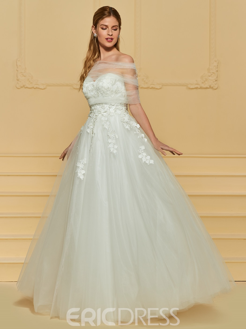 Ericdress Sweetheart Appliques Wedding Dress with Shawl