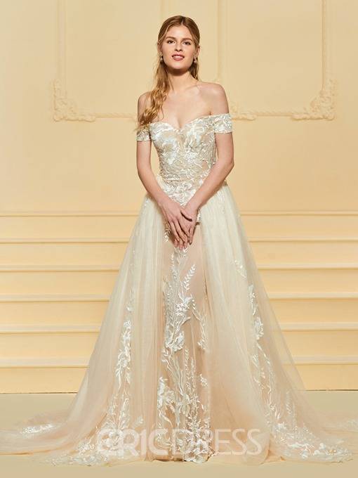 Ericdress Off the Shoulder Lace Appliques Wedding Dress with Train