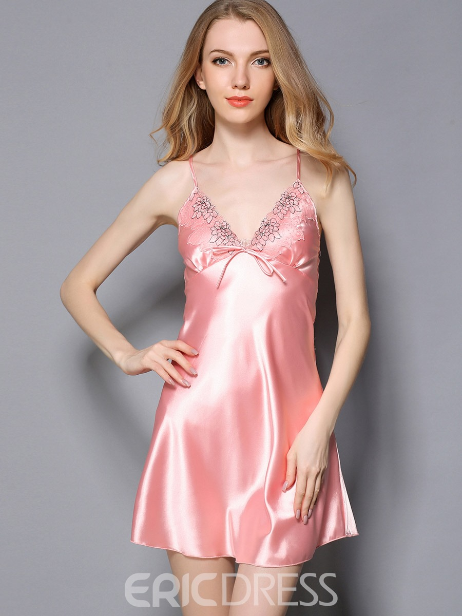 Eircdress Tight Wrap Embroidery Nightgown and Robe
