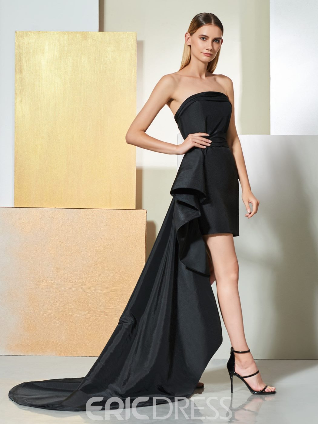 Ericdress Sheath Strapless Black Cocktail Dress With Train