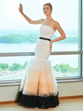 Ericdress Mermaid Belt Tiered Strapless Color Wedding Dress