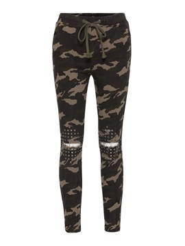Camo Print Rivet Women's Pants