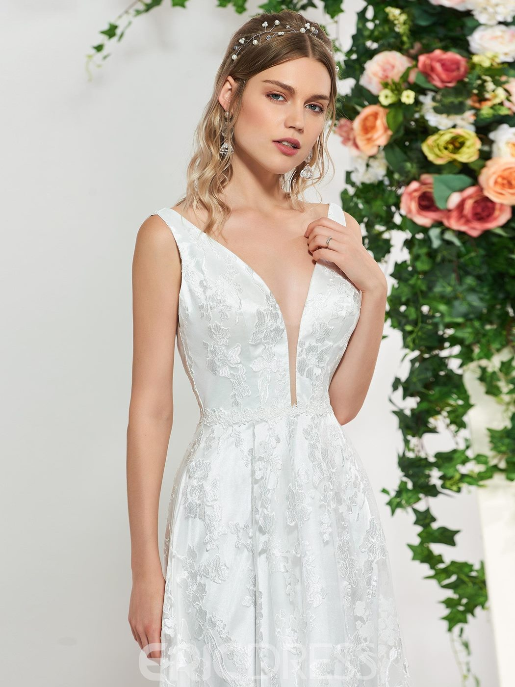 Ericdress Straps Low Back Lace Wedding Dress