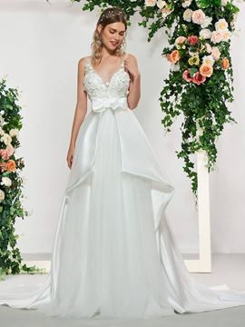 Ericdress A-Line Appliques Chapel Hall Wedding Dress