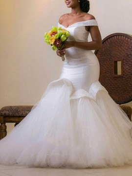 Ericdress Off-The-Shoulder Beading Plus Size Wedding Dress