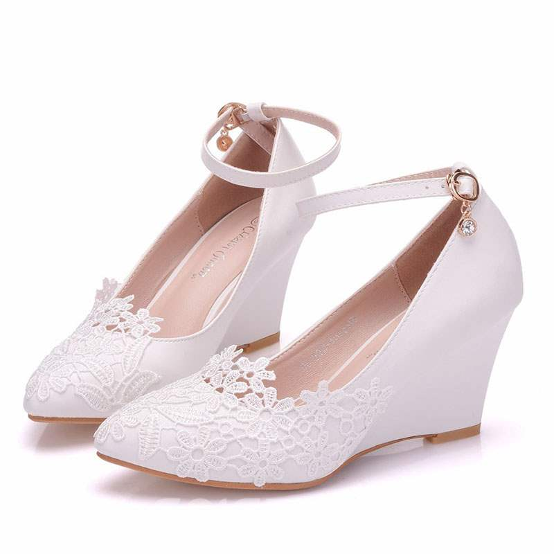 Ericdress Lace Pointed Toe Wedge Heel Wedding Shoes