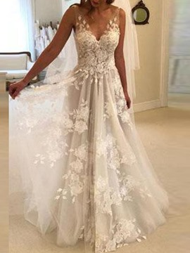 Ericdress Sleeveless Appliques V-Neck Wedding Dress