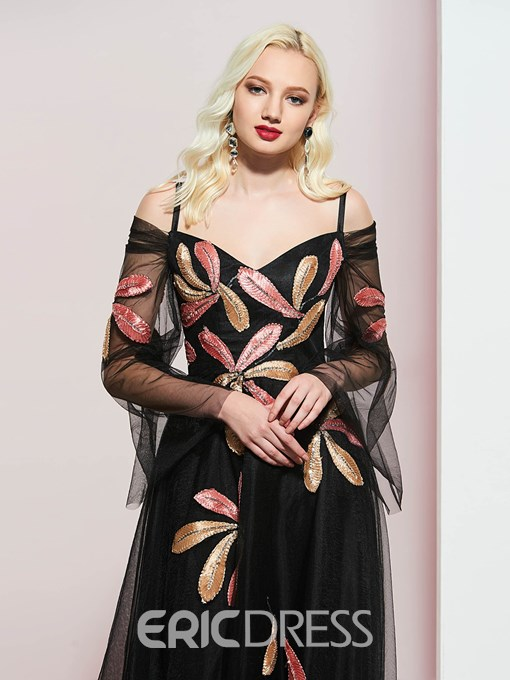 Spaghetti Straps Appliques Long Sleeves Evening Dress