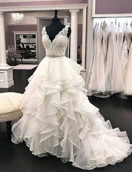 Ericdress V-Neck Beading Tiered Ball Gown Wedding Dress 2019