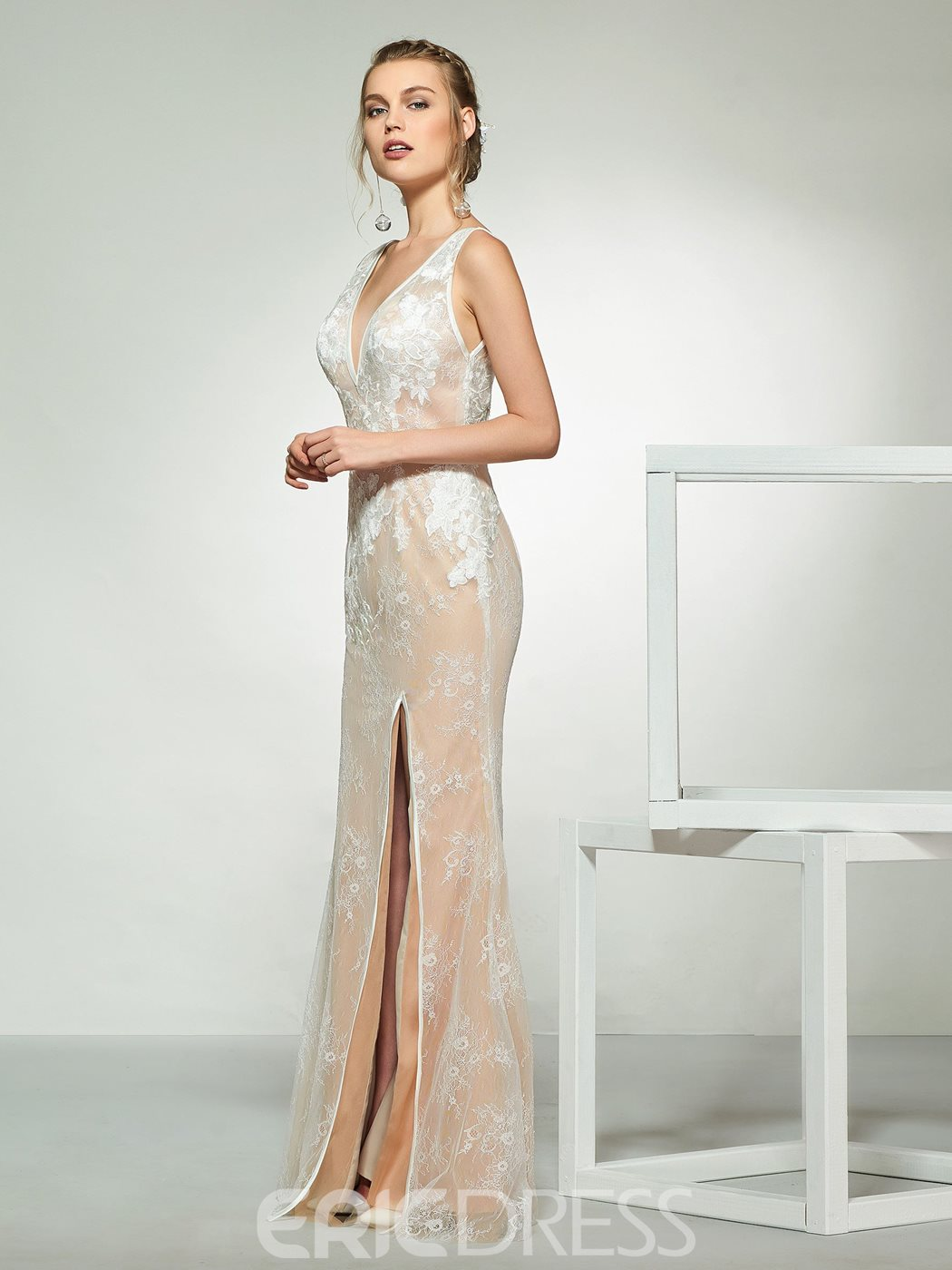8684c286 Ericdress Lace Sheath Wedding Dress with Cape 13769035 - Ericdress.com