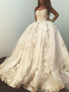 Ericdress Strapless Appliques Ball Gown Wedding Dress 2019
