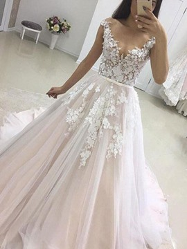 Scoop Neck A-Line Court Outdoor Wedding Dress 2019