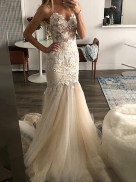 Ericdress Court Appliques Floor-Length Hall Wedding Dress 2019
