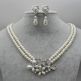 Diamante Floral Necklace Jewelry Sets (Wedding)